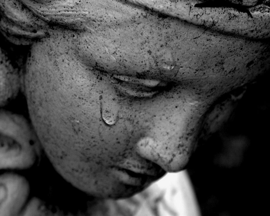 tears_of_sadness1